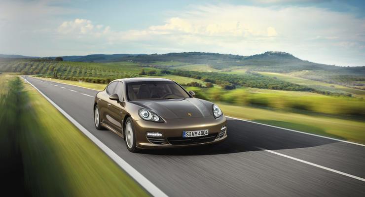 Гибрид Porsche Panamera выйдет в 2011 году