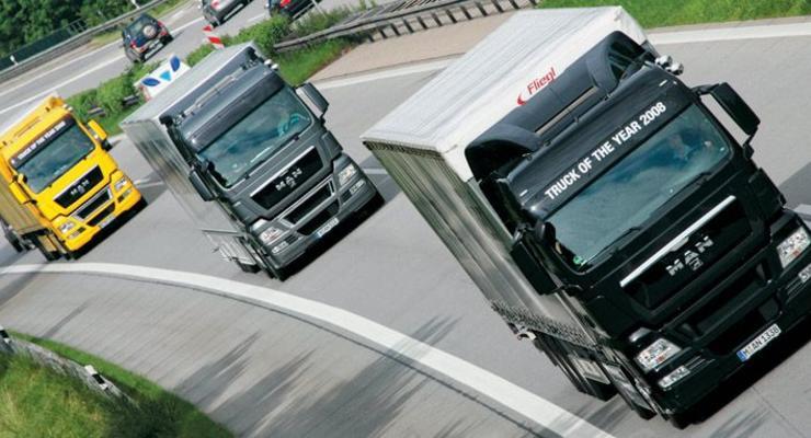 ГАИ ограничит движение грузовиков из-за жары