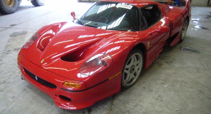 Разбитый агентом ФБР Ferrari продают по дешевке