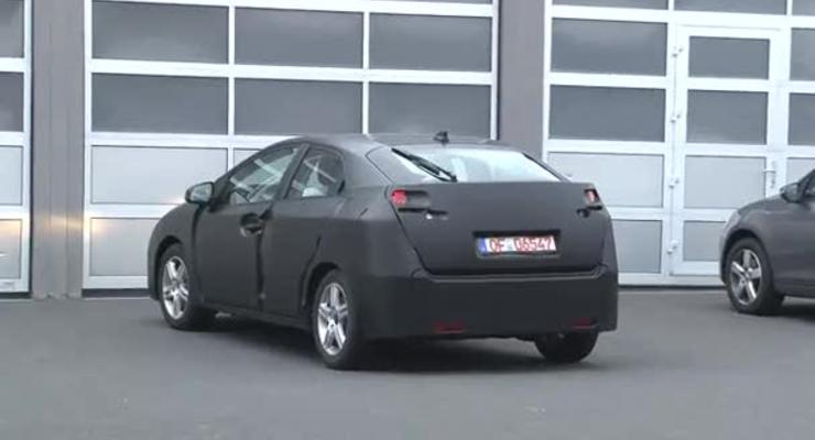 Испытания новой Honda Civic засняли на видео