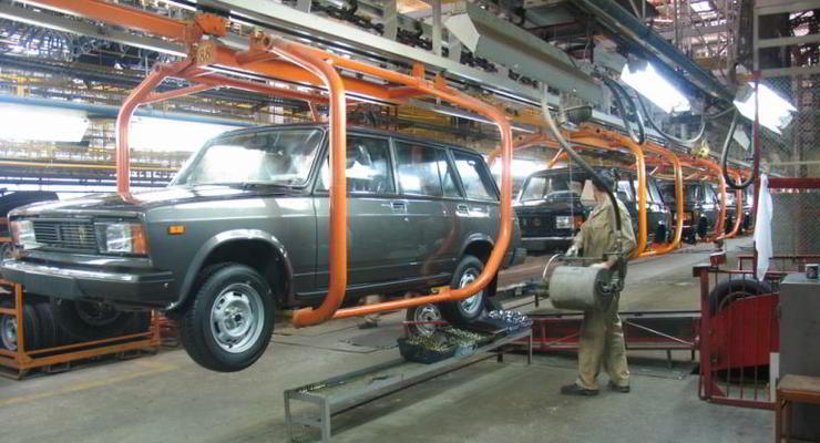 «ИжАвто» возобновляет производство Lada 2104