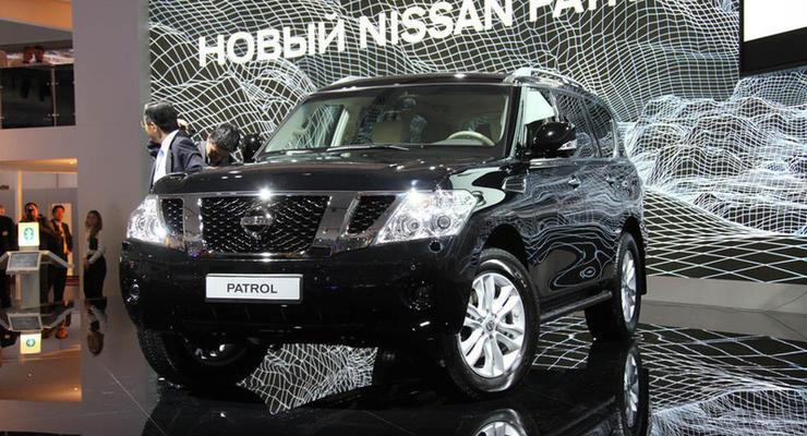 Московский автосалон: Nissan Patrol и Nissan Juke