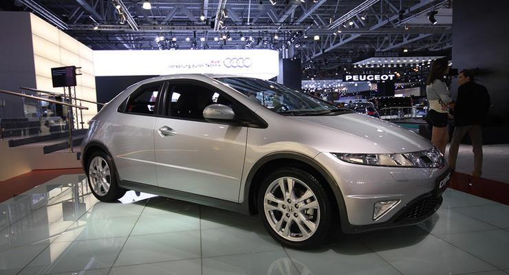 Московский автосалон: Honda Civic с новым лицом и новой коробкой