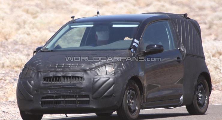 Миниатюрный VW Lupo впервые засняли в новом кузове