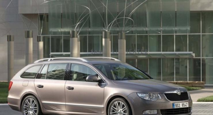 В Украине начались продажи универсала Skoda Superb Combi
