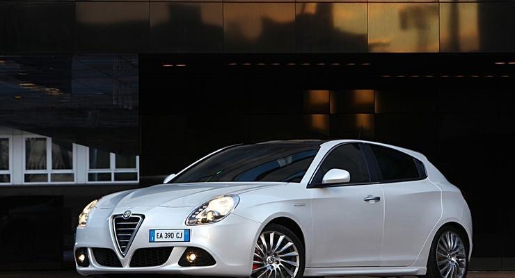 Alfa Romeo Giulietta получит новые двигатели и коробку