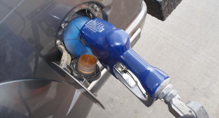 Бензин может подорожать на 50 копеек