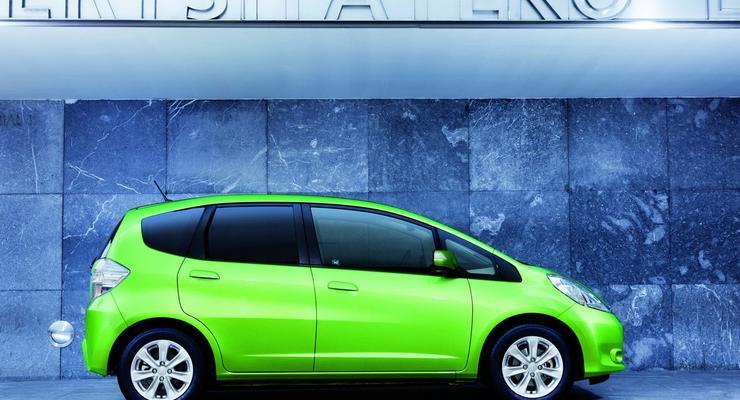 Honda представила хэтчбек Jazz с гибридной установкой