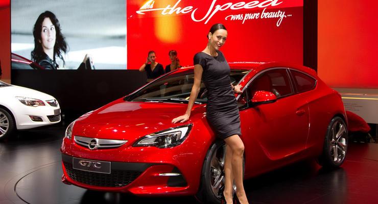 Парижский автосалон: спортивный хэтчбек Opel во всей красе