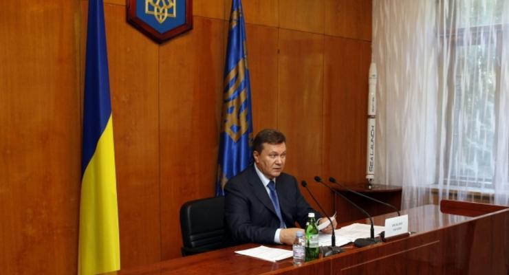 Янукович хочет усилить наказание за нарушение ПДД