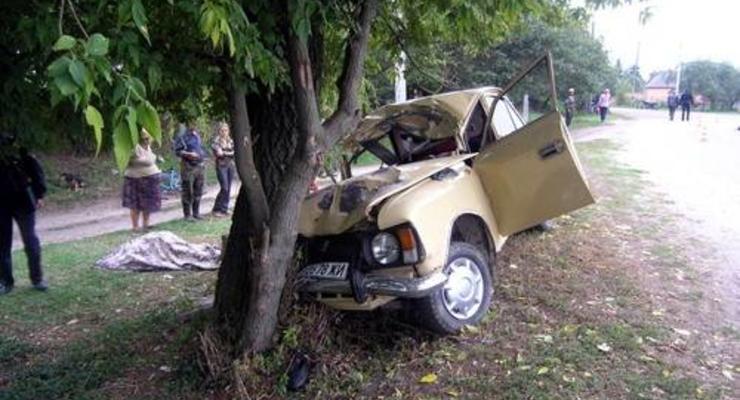 Пьяный мужчина на костылях угнал две машины