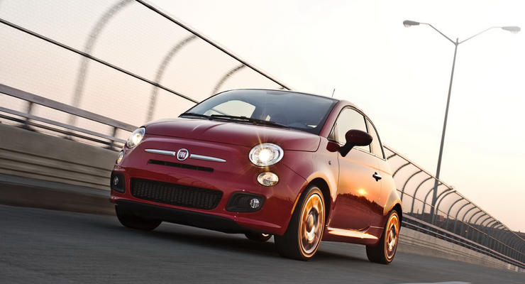 Через интернет Fiat продал 500 хэтчбеков за полдня