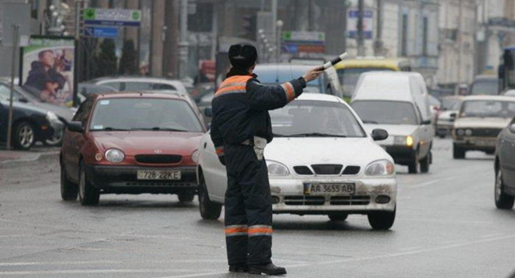 В Киев будут пускать всех приезжих