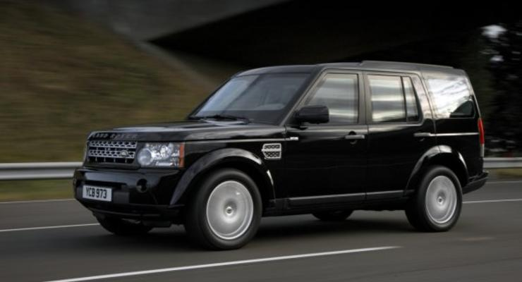 Британцы превратили Land Rover в броневик