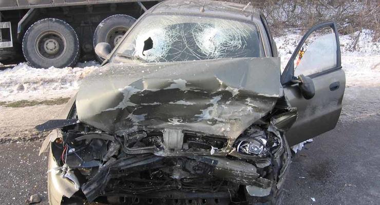В тумане столкнулись две машины – двое погибших