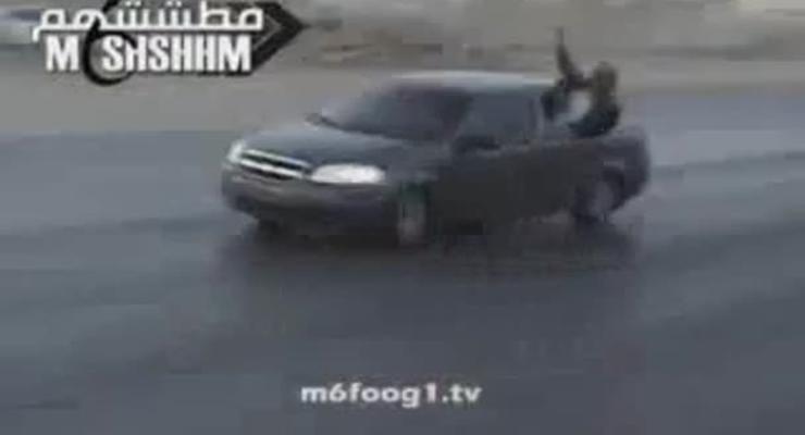 Безумно опасный дрифт без правил на старом Chevrolet