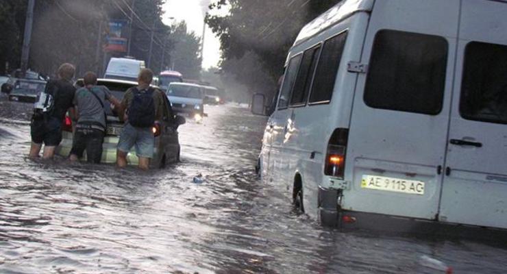 Днепропетровск ушел под воду из-за мощного ливня