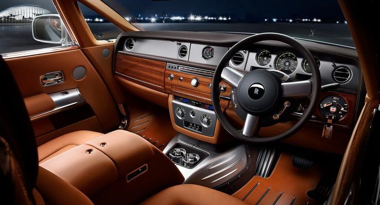 Представлен Rolls-Royce с салоном в стиле самолетов