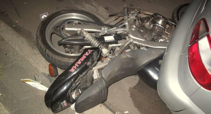 В Киеве насмерть разбились мотоциклист с пассажиром