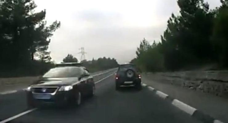 Гаишная машина из наглого кортежа в Крыму разбилась