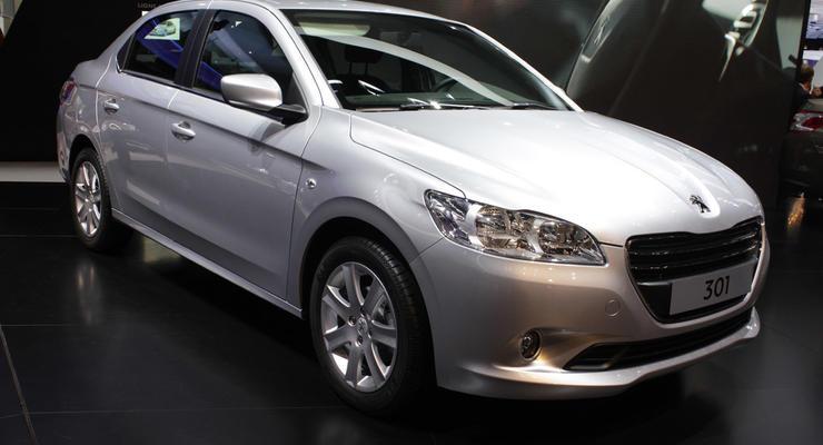 Peugeot и SEAT показали новые седаны-конкуренты