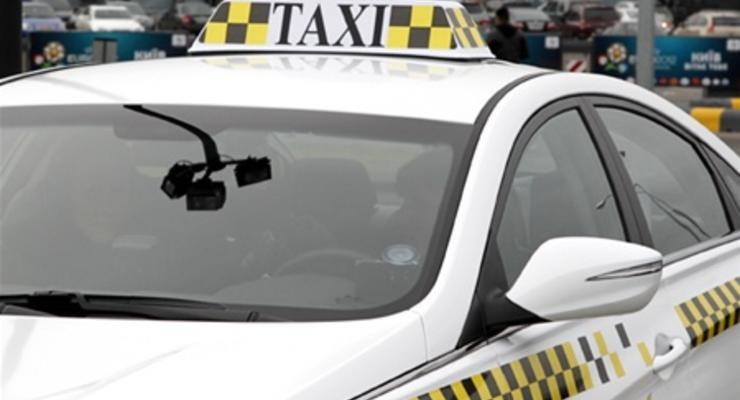Таксисты поднимут цены, если их контролем займется ГАИ