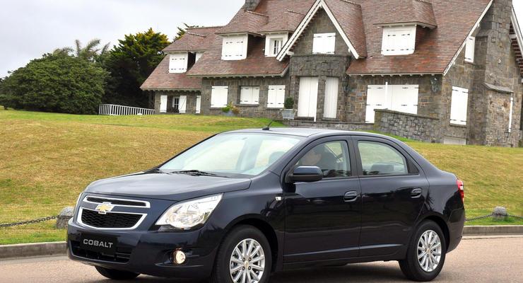 Chevrolet Cobalt получил ту же цену, что и новый Aveo