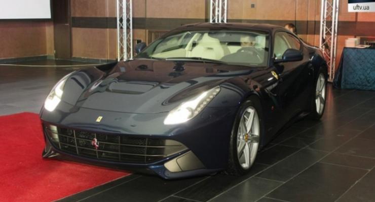 Самый мощный и быстрый Ferrari привезли в Киев