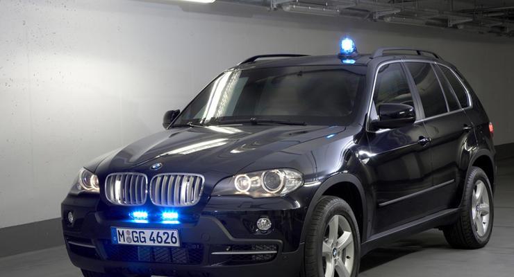 За незаконные мигалки хотят штрафовать на 68 000 грн