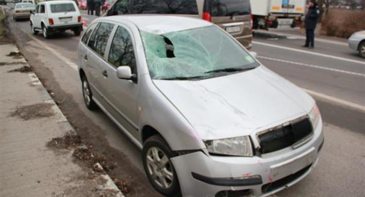Милиционер сбил насмерть женщину и перекрыл трассу