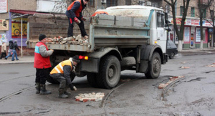 Украина теряет миллиарды гривен из-за плохих дорог