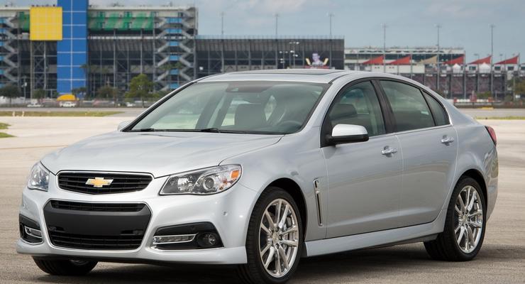 Chevrolet рассекретила новый заднеприводный седан