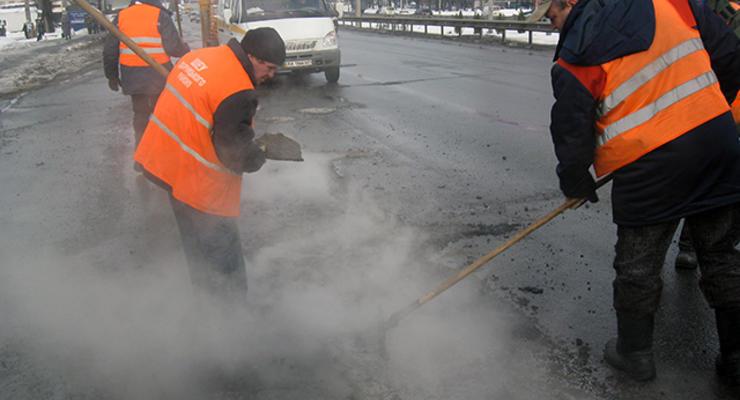 Киевавтодор назвал улицы, где сейчас идет ремонт