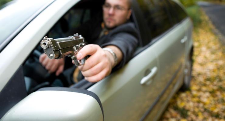 В Киеве водитель пистолетом расчищал себе путь