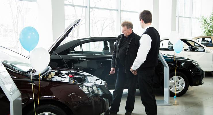 Украинцы спешат купить автомобили до их подорожания