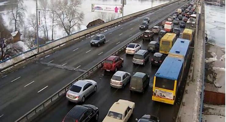 Пробки в Киеве: ситуация сложная, но не критическая