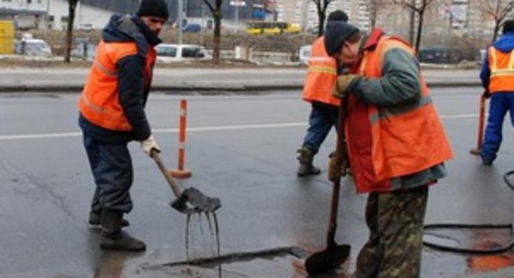 Власти Киева похвастаются ремонтом дорог в сети