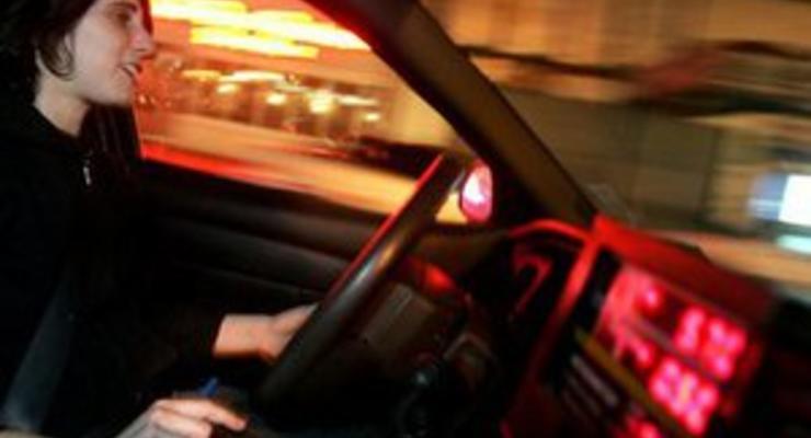 В США водителям могут запретить пользоваться сенсорными экранами