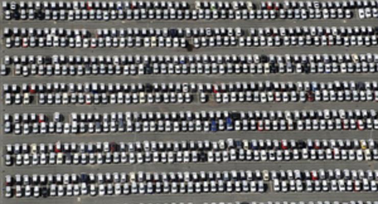 На продажу идут одни старики:  лидеры рынка б/у авто