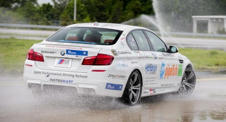 Рекорд Гиннесса: BMW проехал в заносе 82,5 километра