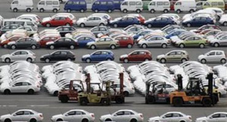 Слабеющая экономика подрывает продажи авто в Китае