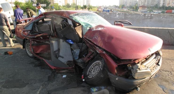 В Киеве столкнулись две машины, погибла женщина