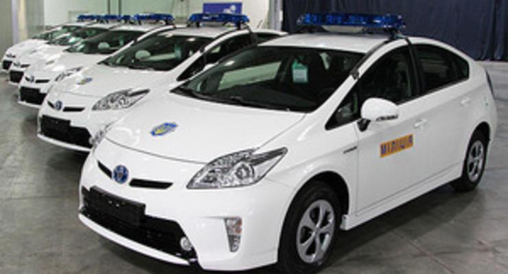 Украинская милиция получила 84 гибрида Toyota Prius