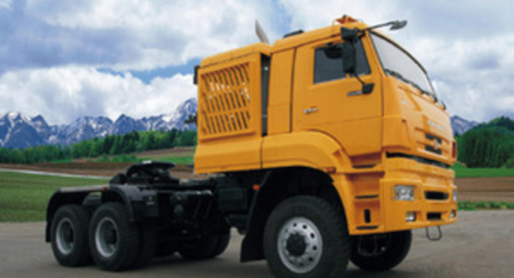КамАЗ создаст грузовик с алкотестером и интернетом