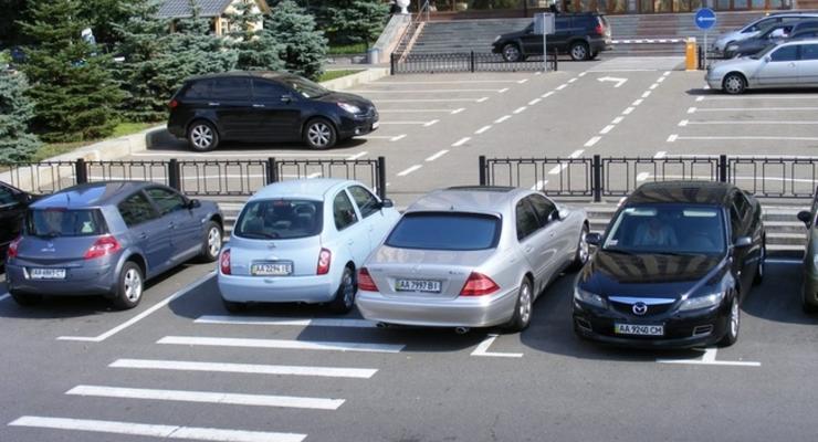 Рада приняла закон о штрафах за неоплату парковки