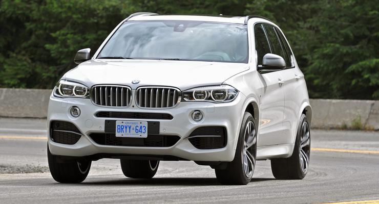 Новый BMW X5 получил 380 сил и ценник в Украине
