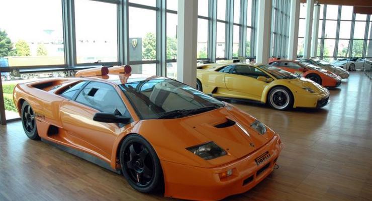 Google сделал 3D-экскурсию по музею Lamborghini