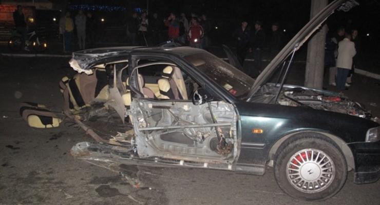 В Киеве Хонду разорвало на части, погибла женщина