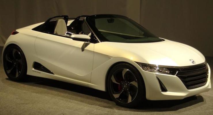 Honda представила заднеприводную малолитражку