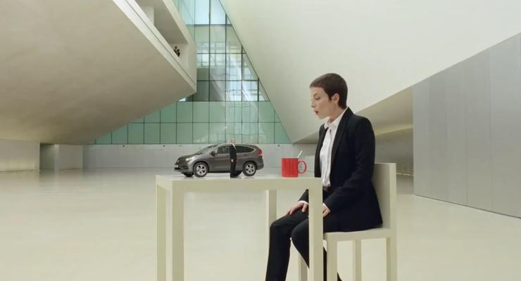 Увидеть нереальное: Новая реклама Honda покорила сеть (ВИДЕО)